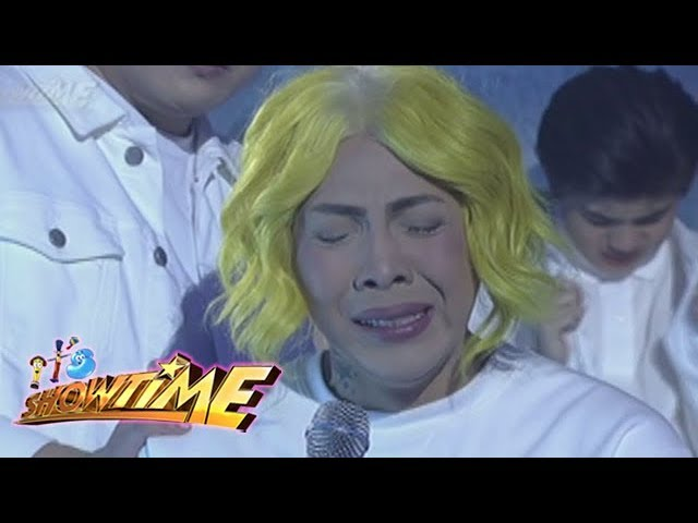It's Showtime: Vice Ganda gets emotional as he shares his memories with Franco
