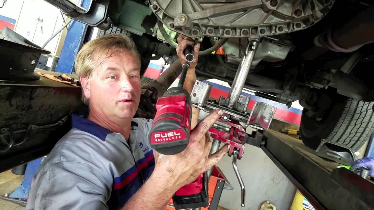 7 3 Powerstroke Rearmain seal, transmission R&R with oil pan tips