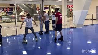 БЕСПЛАТНЫЕ уроки на роликах для взрослых. Роллер-Омск в Маяк Молле