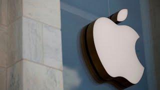 Apple crushes Q3 earnings expectations, announces 4-1 stock split
