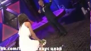 Кто поймал букет невесты на свадьбе Либерж и Жени  Обсуждение на LiveInternet   Российский Сервис Он