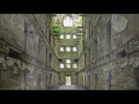 Exploring a Haunted Old Creepy Jail! (Bodmin Jail!) (PART 1)