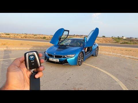 Driving the BMW i8 in Karachi🇵🇰