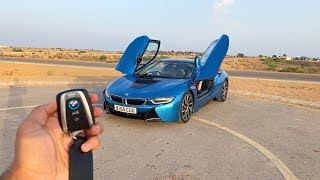 Driving the BMW i8 in Karachi🇵🇰