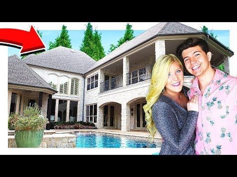 PRESTONPLAYZ NEW HOUSE TOUR!