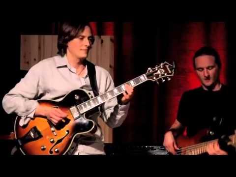 MJF|2014-Internet|Round-Guitar-Vitaliy-Zolotov-Germany-01 (full)