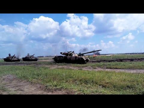 Китайский танк в Омске.