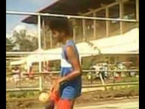 Sepak Takraw Freestyle Ball Control-2,000 world record...
