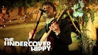 "Billy Rowan (The Undercover Hippy) - ""Borders"" Live @ Green Gathering 2012"