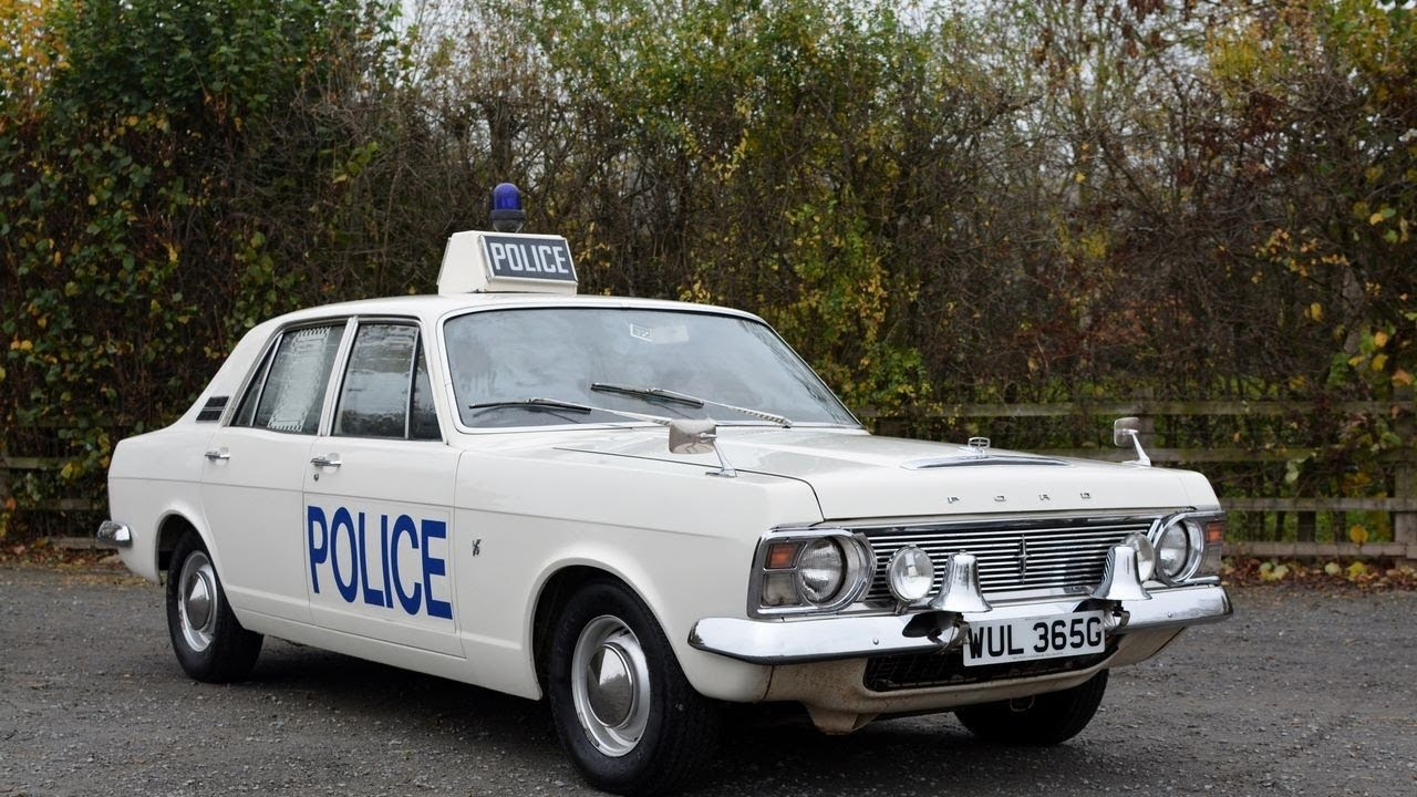 Top 7 Classic Police Cars in UK. History of Police Cars. Amazing ...