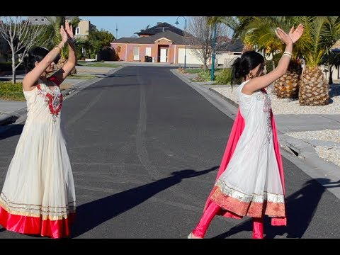 Mere Haathon Mein Nau Nau Chudiyan Hai dance ISriDevi IChandni IRishiKapoor