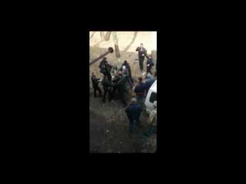 Драка рабочих с силовиками в Биробиджане