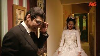 رد فعل العريس يوم فرحة لما العروسة تقوله ( شيلني ) 😰 ..!!#بين_السرايات