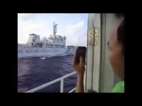 Vietnamese police ship rams Chinese Surveillance ship for violating Vietnam's water P1