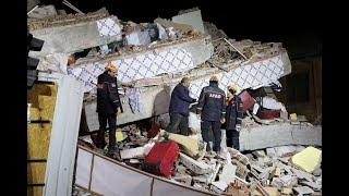 زلزال يهز شرق تركيا ويودي بحياة 20 شخصا على الأقل