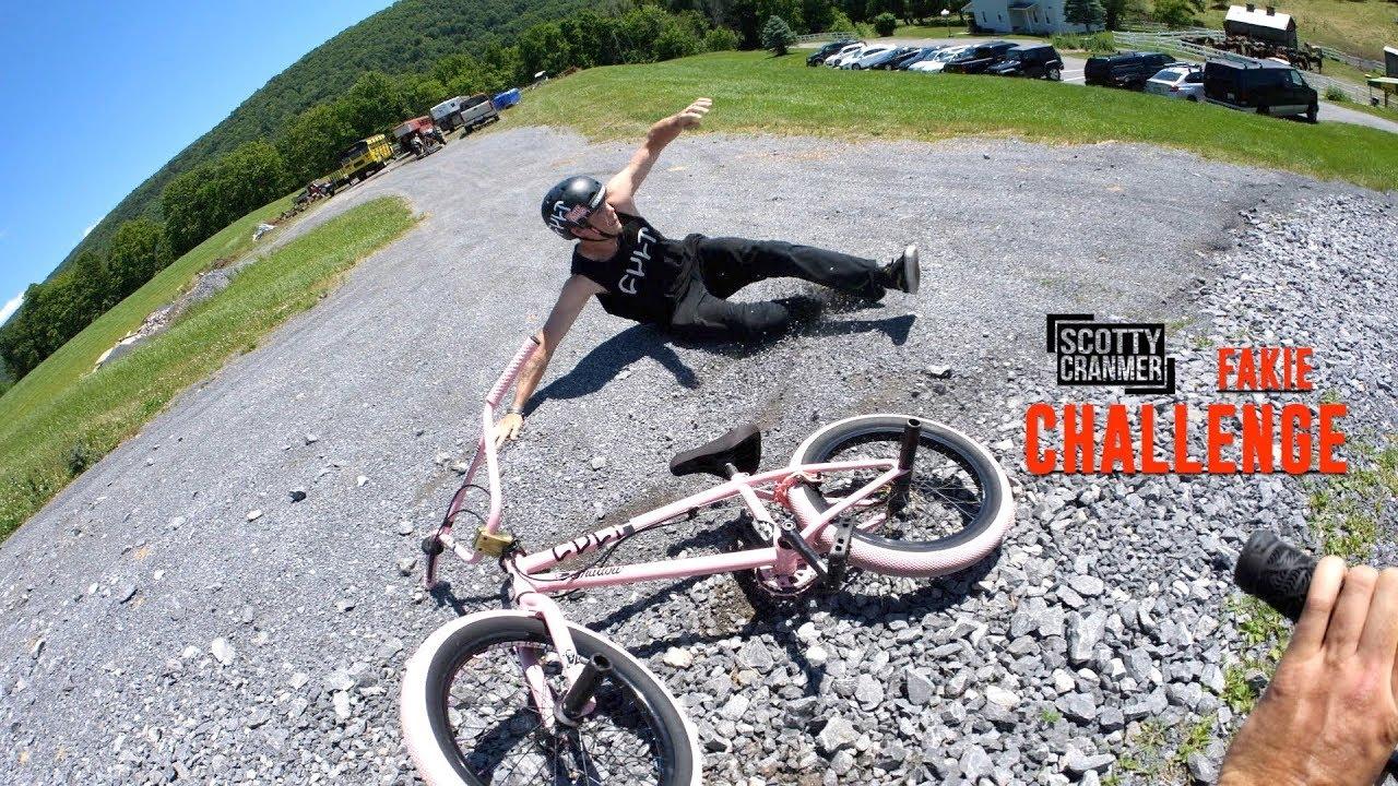 downhill-high-speed-fakie-challenge