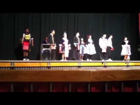 Rio Linda High School Hmong Dance @ Hiram Johnson for Hmong Night 2012 - Dance 2