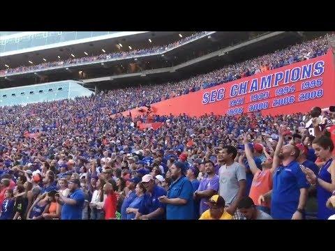 Watch 90,000 Football Fans Sing 'I Won't Back Down' In Tom Petty Tribute