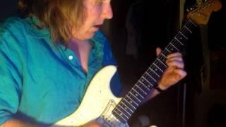 Hitch-a-ride guitar solo lesson