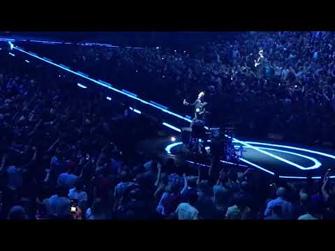 "U2 ""Pride (In The Name Of Love)"" - St. Louis (5/4/18)"
