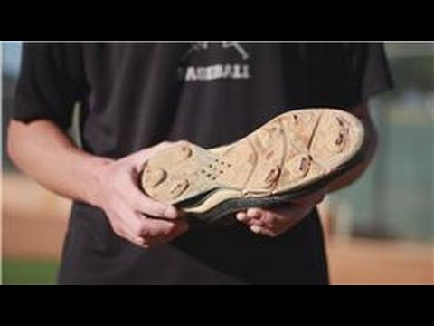 Baseball : How To Pick Out Baseball Cleats
