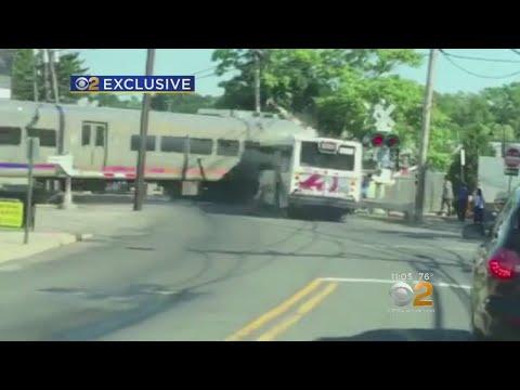 exclusive-video-shows-nj-transit-train-striking-bus-in-garfield