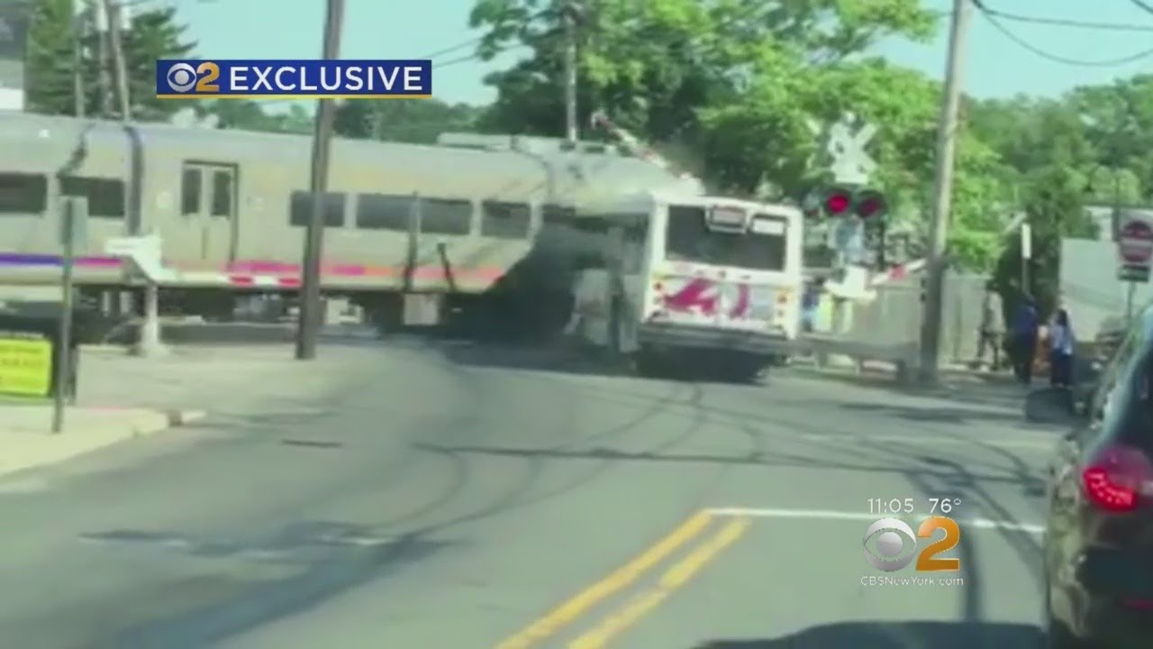 Exclusive Video Shows Nj Transit Train Striking Bus In Garfield Youtube
