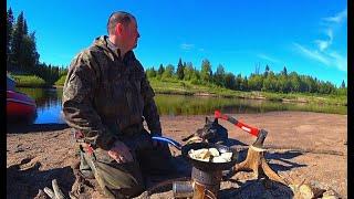 Рыбалка на севере. Забрался в самую глушь. Река кипит от рыбы. Сплав по реке часть №1.
