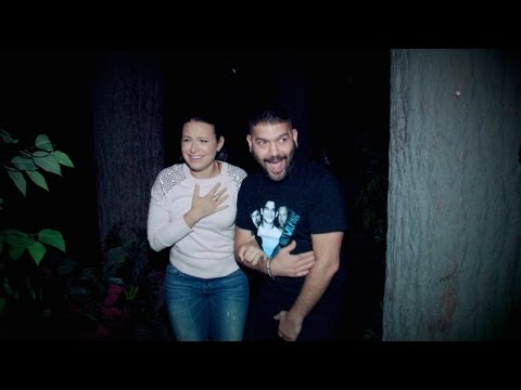 Ellen Sends 'Scandal' to a Haunted House!