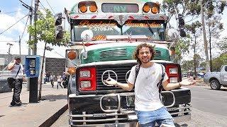 Los ALUCINANTES autobuses de Guatemala |