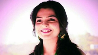 Romantic  Marathi Song Hrudayat Vaje Something