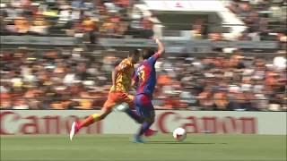 スルーパスに反応した大久保 嘉人(FC東京)がマークを振りほどくと、自...