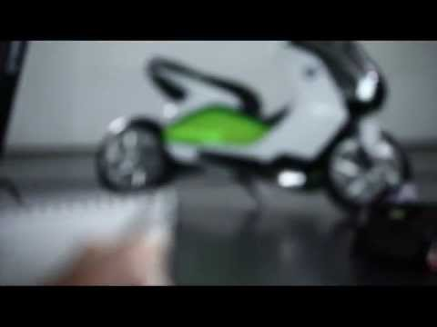 2011 BMW Scooter Concept e explained by David Robb