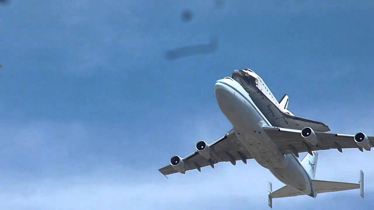 Space Shuttle Discovery Flyover, Washington DC - YouTube |Space Shuttle Flyover