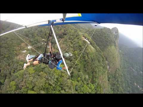 Take off with strong wind - hang gliding in Rio