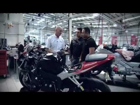See See Motorcycles >> هوندا تطلق أول دراجة نارية بوسائد هوائية في العالم/ 4 تك - YouTube