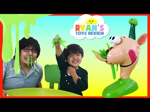 GOOEY LOUIE Family Fun Yucky Boogers Slime Game Surprise Toys Ryan ToysReview