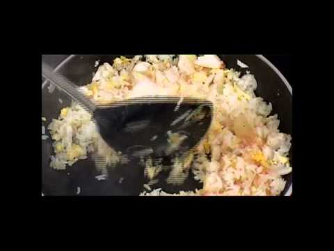 Secrets to Thai Cooking : Crab Fried Rice