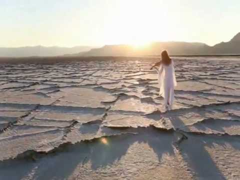 Bach is back - ThePianoGuys ( Bach- Prelude, Cello version)