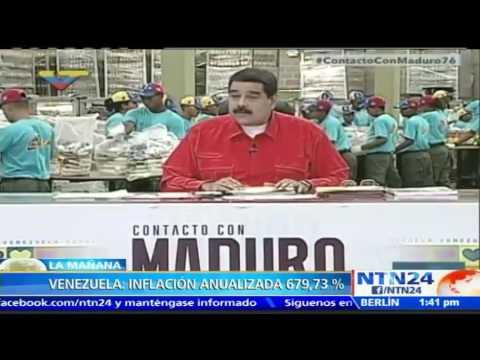 Alta inflación en Venezuela lleva a muchos a dormir en sus carros por no poder pagar sus viviendas