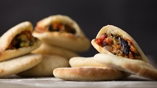 Pita Bread with Vegetable Salad || Bread & Butter || GastroLab