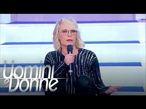 """Uomini e Donne, Trono Over - Maria De Filippi: """"Armando non si tratta così una donna"""""""
