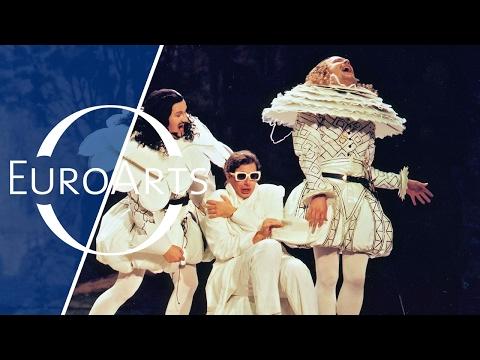 Wolfgang Amadeus Mozart: Cosi Fan Tutte, Act I (Ludwigsburger Festspiele)