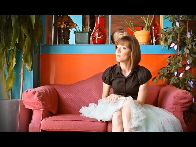 "LiLi Roquelin ""Like a Feather"" [Trailer]"