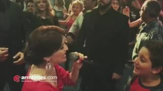 Երգչուհի Սիլվա Հակոբյանը թիկնապահների ուղեկցությամբ է երգել Թեհրանում