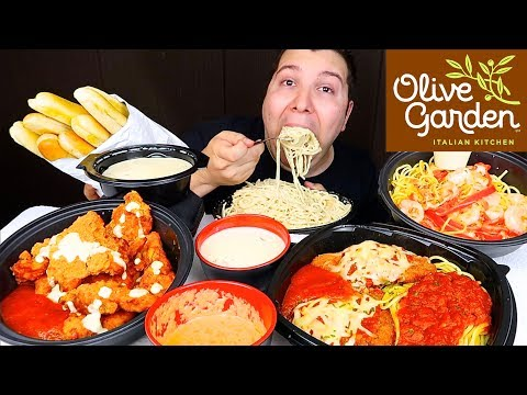 Trying Olive Garden's New Alfredo Buffalo Wings • MUKBANG