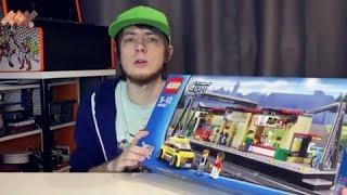 Обзор конструктора Lego City 60050 Лего Город Железнодорожная станция. В продаже на TOY.RU(Купить набор: http://www.toy.ru/catalog/gorod/lego_city_60050_lego_gorod_zheleznodorozhnaya_stantsiya/ Возьми такси до оживлённой ..., 2015-05-20T15:13:05.000Z)