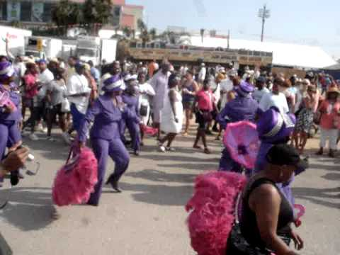 New Orleans Jazz Fest Second Line Parade May 2011 Youtube