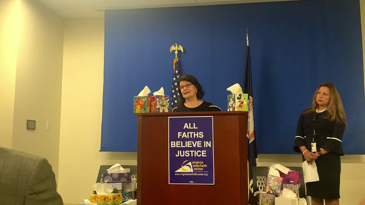 Sen. Favola speaks at Paid Sick Days Press Conference