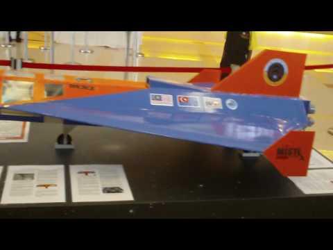 1st MXI VTOL suborbital spaceplane conceptual model exhibited